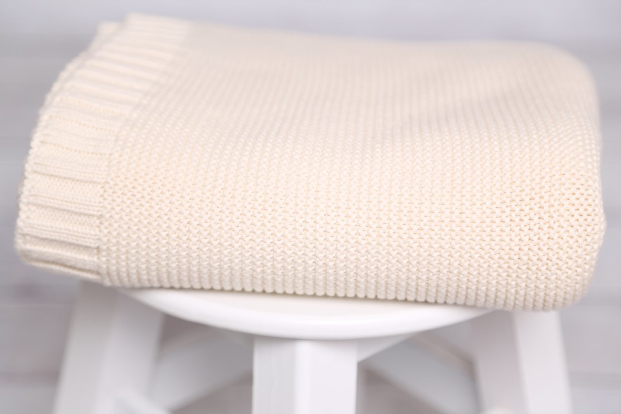 uni decke f r puristen farbe ecru 100 bio baumwolle. Black Bedroom Furniture Sets. Home Design Ideas