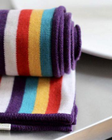Gestreifte Decke aus Merinowolle, Rand Violett